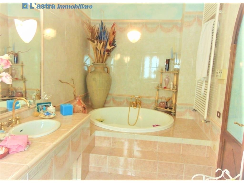 Villa / Villetta / Terratetto in vendita a Lastra a signa zona Santa lucia - immagine 20