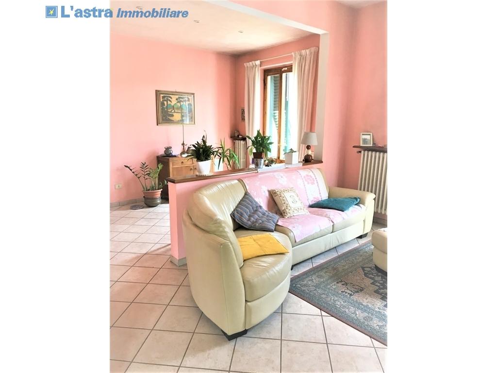 Villa / Villetta / Terratetto in vendita a Lastra a signa zona Ginestra fiorentina - immagine 12