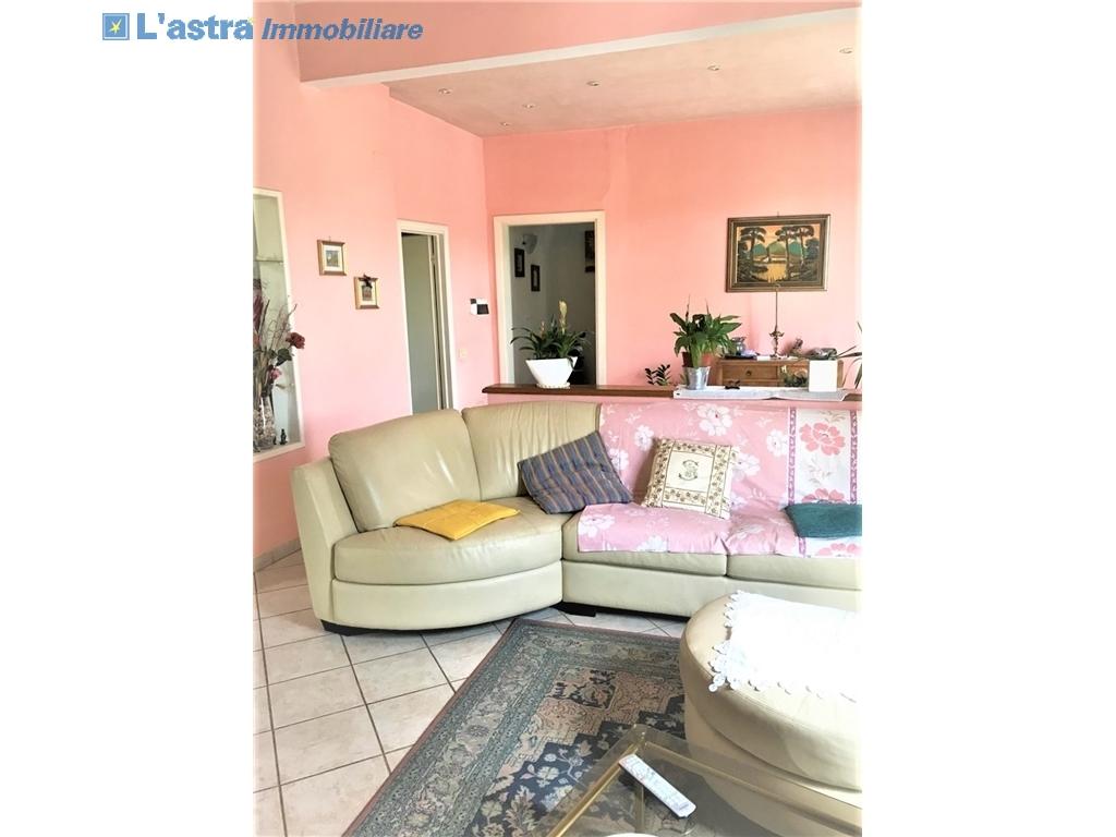 Villa / Villetta / Terratetto in vendita a Lastra a signa zona Ginestra fiorentina - immagine 13