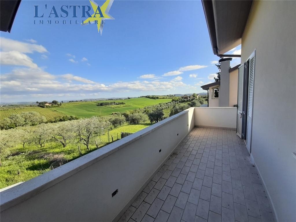 Villa / Villetta / Terratetto in vendita a Lastra a signa zona Malmantile - immagine 28