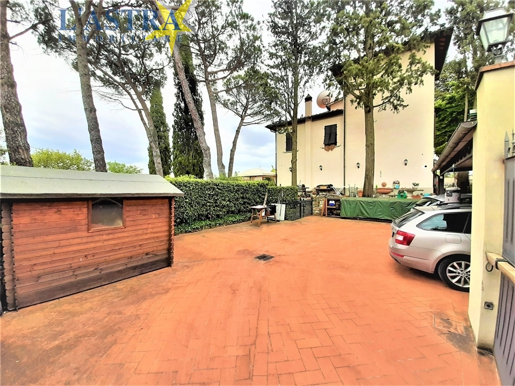 Villa / Villetta / Terratetto in vendita a Lastra a signa zona Carcheri - immagine 10