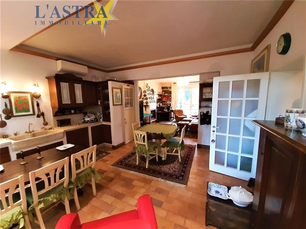 Villa / Villetta / Terratetto in vendita a Lastra a signa zona Carcheri - immagine 38
