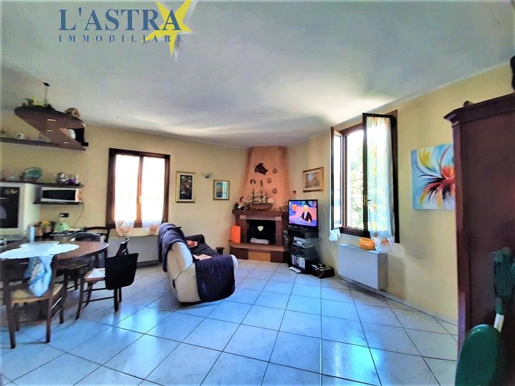 Villa / Villetta / Terratetto in vendita a Scandicci zona Olmo - immagine 4