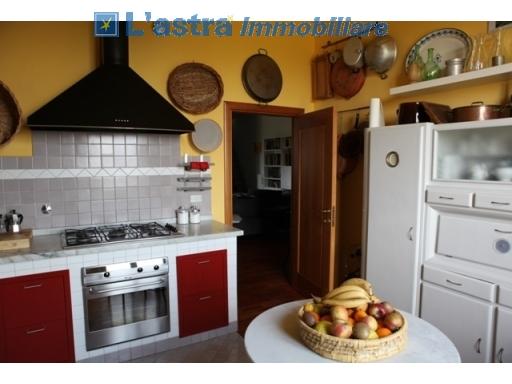 Colonica in vendita a Lastra a signa zona Malmantile - immagine 34
