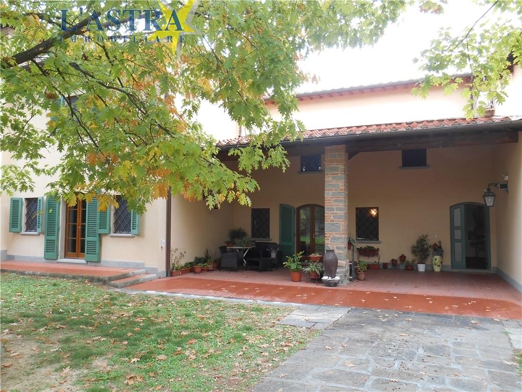 Colonica in vendita a Carmignano zona Comeana - immagine 2