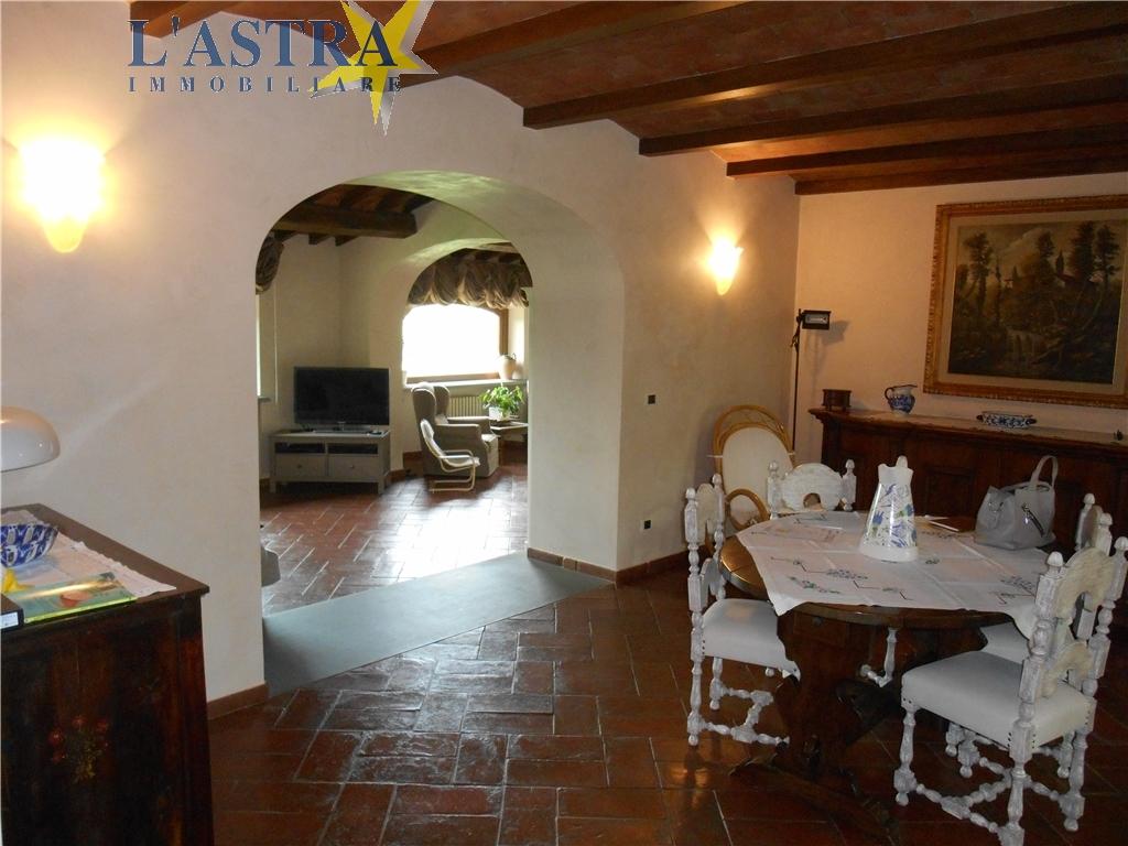 Colonica in vendita a Carmignano zona Comeana - immagine 7