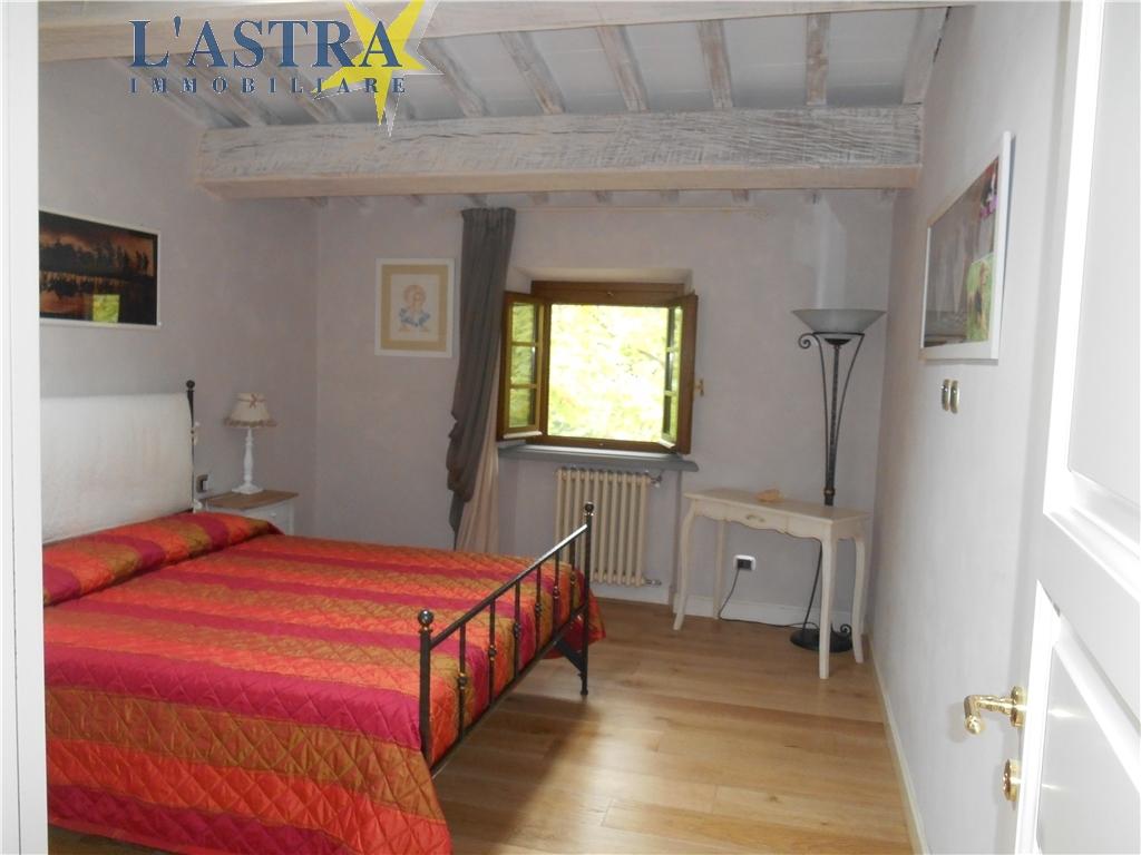 Colonica in vendita a Carmignano zona Comeana - immagine 9