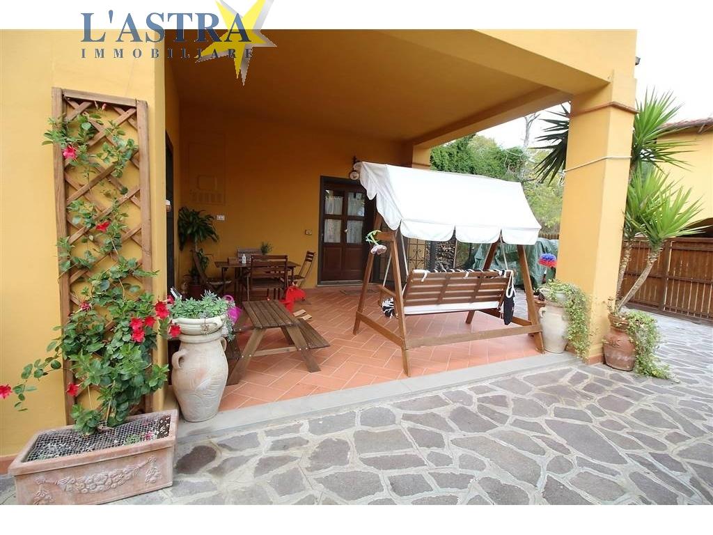 Colonica in vendita a Scandicci zona Mosciano - immagine 1