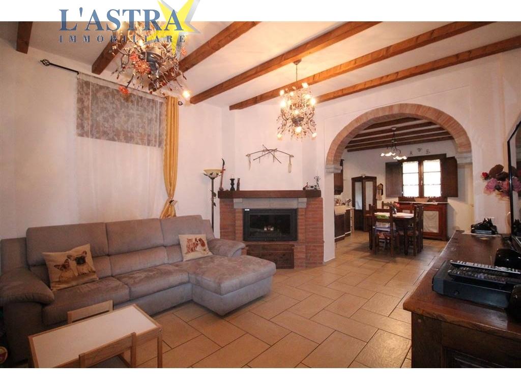 Colonica in vendita a Scandicci zona Mosciano - immagine 9