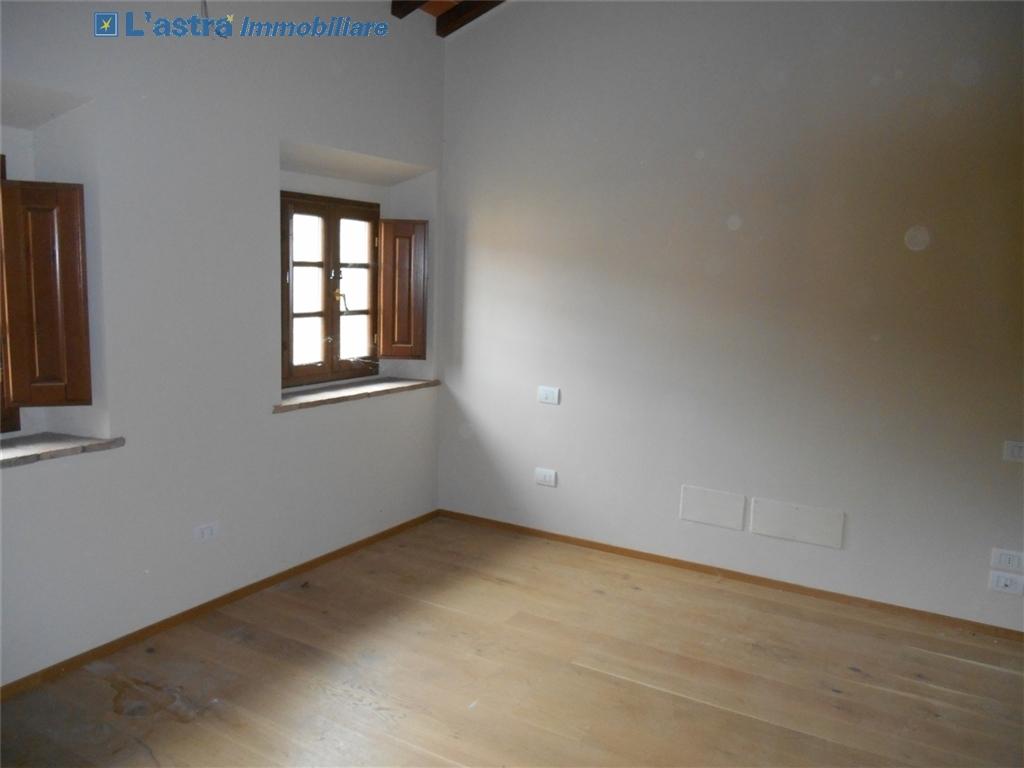 Colonica in vendita a Montespertoli zona Poppiano - immagine 19