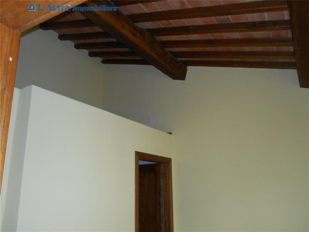 Colonica in vendita a Montespertoli zona Poppiano - immagine 8