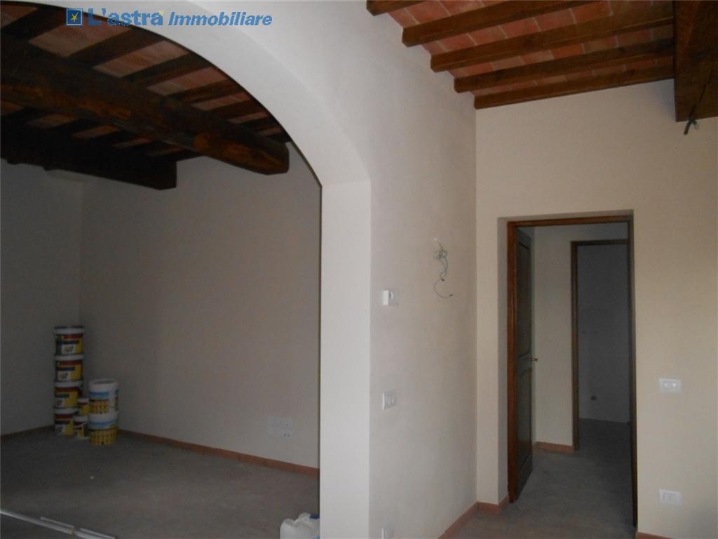 Colonica in vendita a Montespertoli zona Poppiano - immagine 4
