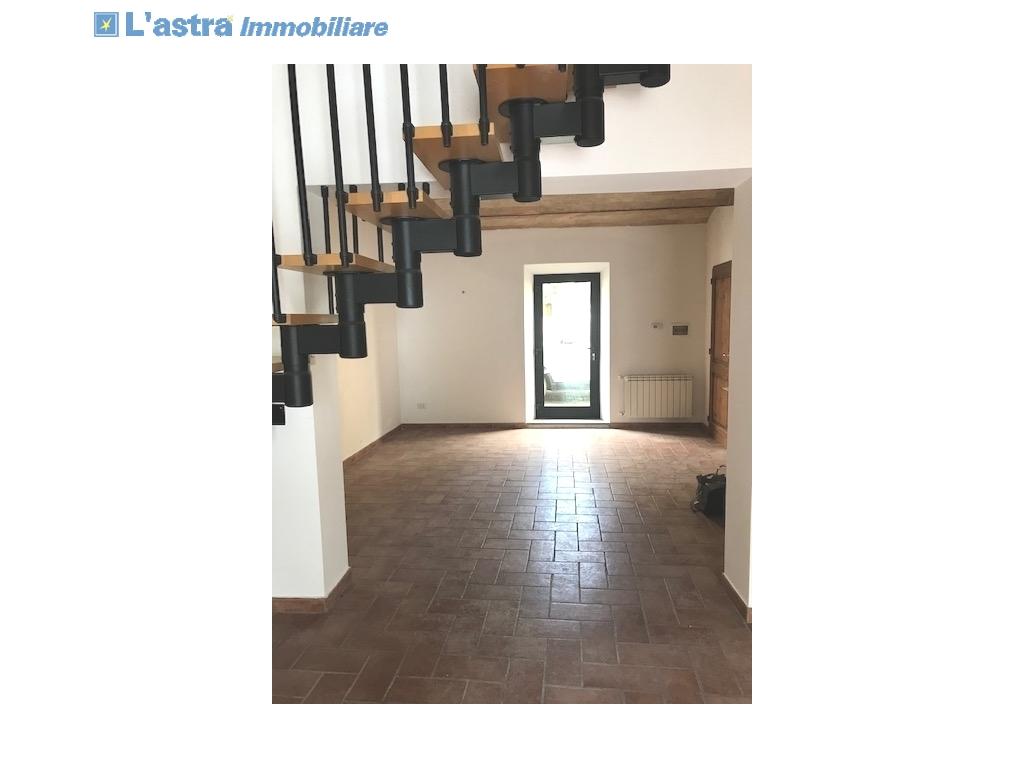 Colonica in vendita a Montespertoli zona Poppiano - immagine 2