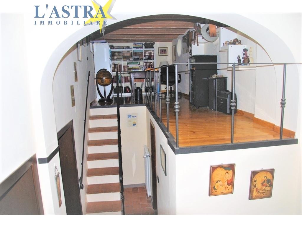 Colonica in vendita a Lastra a signa zona San martino - immagine 13