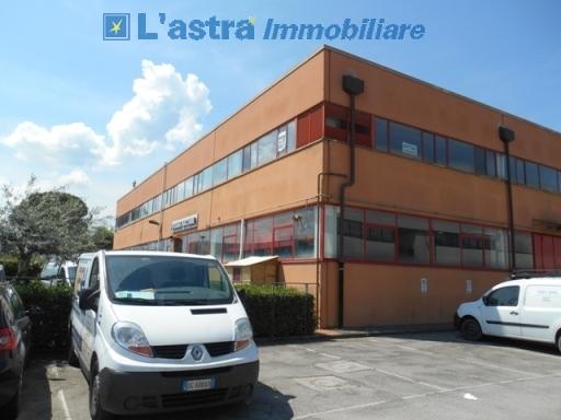 Fondo / Negozio / Ufficio in affitto a Scandicci zona Casellina - immagine 3