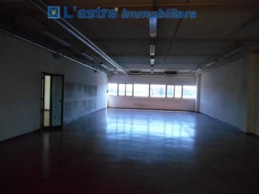 Fondo / Negozio / Ufficio in affitto a Scandicci zona Casellina - immagine 6