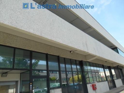 Fondo / Negozio / Ufficio in affitto a Scandicci zona San colombano - immagine 7