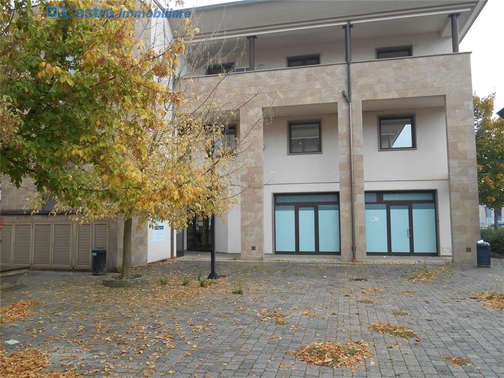 Fondo / Negozio / Ufficio in affitto a Signa zona Colli bassi - immagine 3
