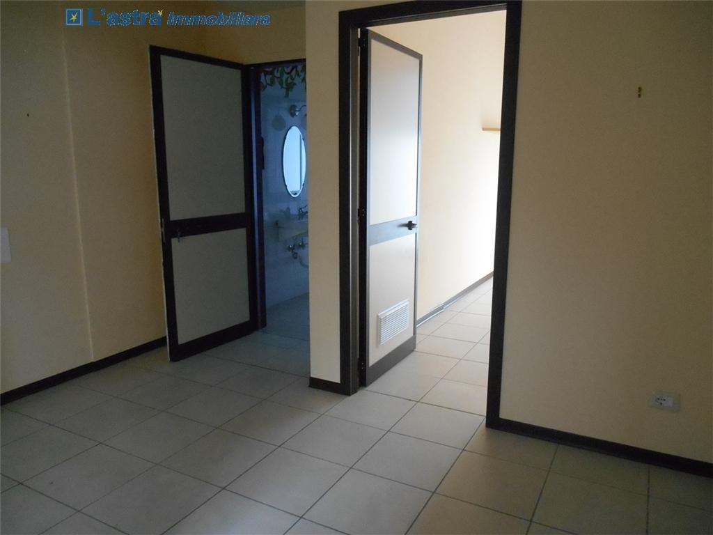 Fondo / Negozio / Ufficio in affitto a Signa zona Colli bassi - immagine 5