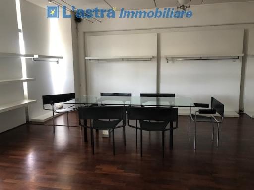 Fondo / Negozio / Ufficio in affitto a Scandicci zona Casellina - immagine 4