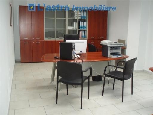 Fondo / Negozio / Ufficio in affitto