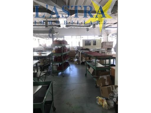 Fondo / Negozio / Ufficio in vendita a Lastra a signa zona Industriale - immagine 3