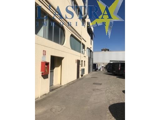 Fondo / Negozio / Ufficio in vendita a Lastra a signa zona Industriale - immagine 5