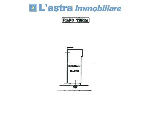 Fondo / Negozio / Ufficio in vendita a Signa zona Stazione - immagine 2