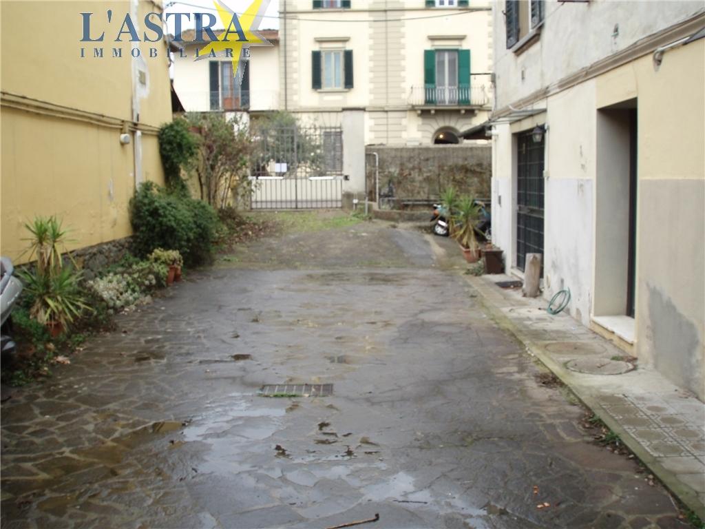 Fondo / Negozio / Ufficio in affitto a Lastra a signa zona Lastra a signa - immagine 12