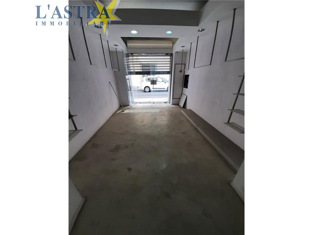 Fondo / Negozio / Ufficio in affitto a Lastra a signa zona Lastra a signa - immagine 2