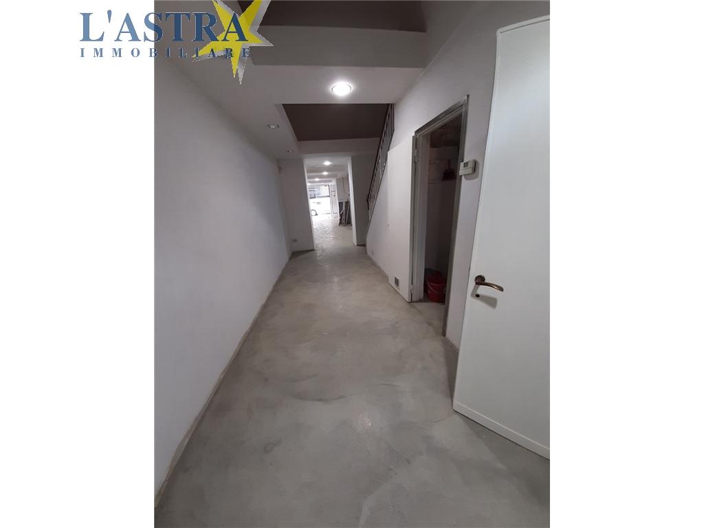 Fondo / Negozio / Ufficio in affitto a Lastra a signa zona Lastra a signa - immagine 6