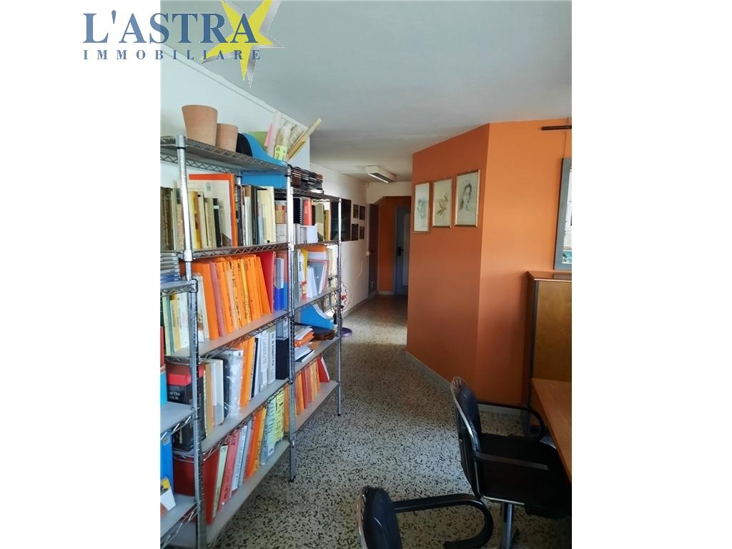 Fondo / Negozio / Ufficio in vendita a Scandicci zona Centro - immagine 4