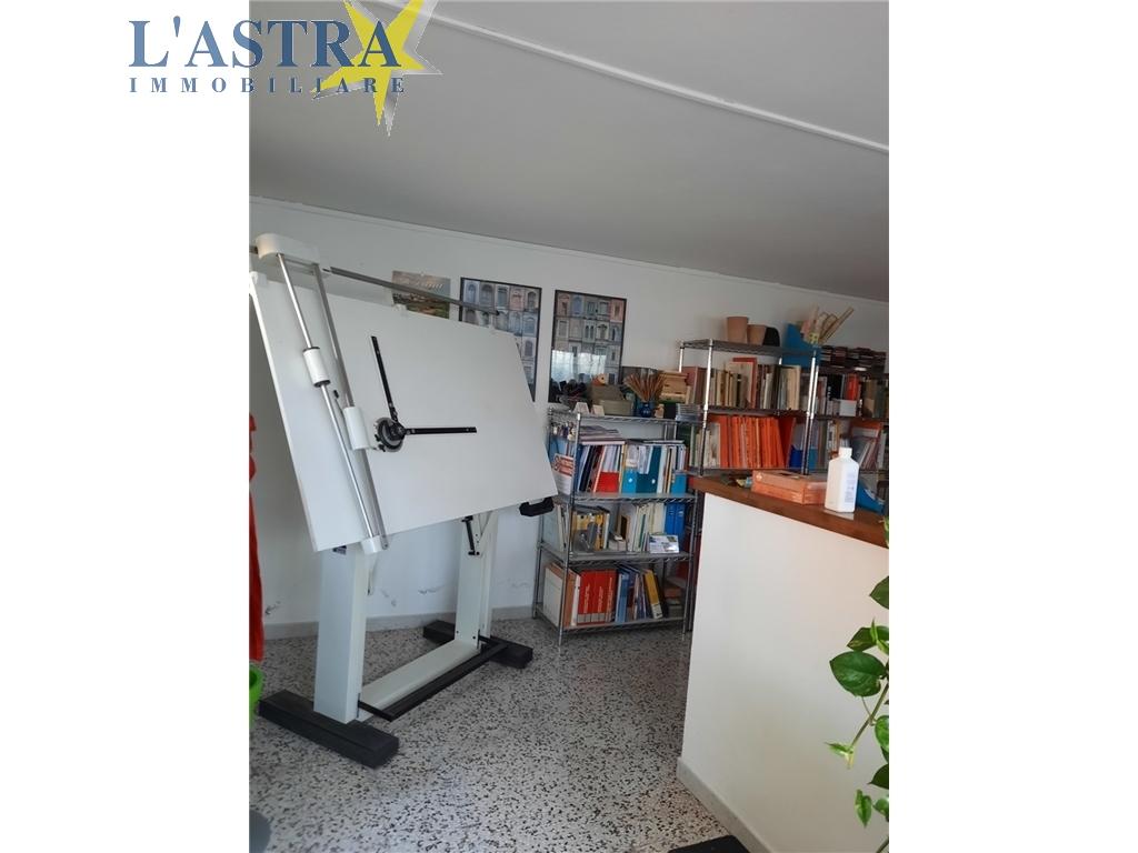 Fondo / Negozio / Ufficio in vendita a Scandicci zona Centro - immagine 5