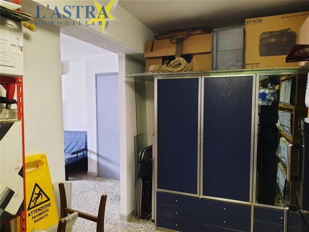 Fondo / Negozio / Ufficio in vendita a Scandicci zona Centro - immagine 15