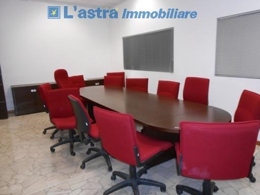 Capannone / Magazzino in vendita a Lastra a signa zona Lastra a signa - immagine 2