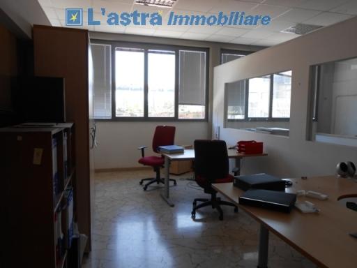 Capannone / Magazzino in vendita a Lastra a signa zona Lastra a signa - immagine 3