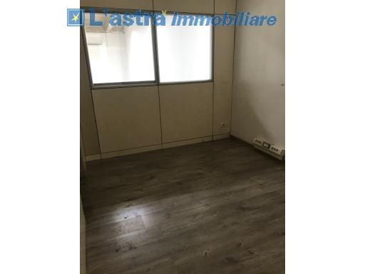 Capannone / Magazzino in affitto a Scandicci zona Industriale - immagine 11