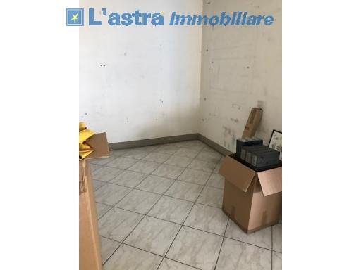 Capannone / Magazzino in vendita a Scandicci zona Industriale - immagine 4