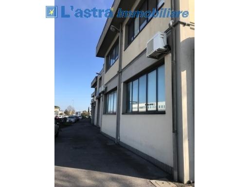 Capannone / Magazzino in vendita a Scandicci zona Industriale - immagine 8