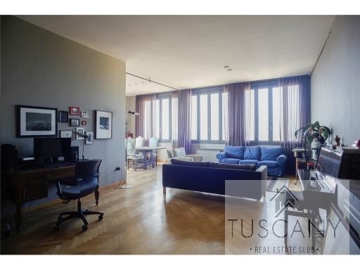 Appartamento in vendita a San Casciano in Val di Pesa, 7 locali, zona Località: SAN CASCIANO IN VAL DI PESA, Trattative riservate   PortaleAgenzieImmobiliari.it