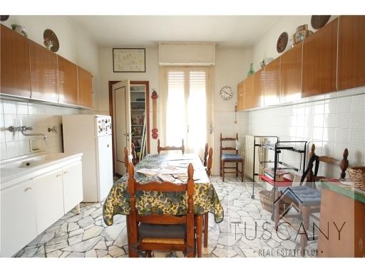 Appartamento in vendita a Tavarnelle Val di Pesa, 5 locali, zona Località: SAN DONATO IN POGGIO, prezzo € 320.000   Cambio Casa.it