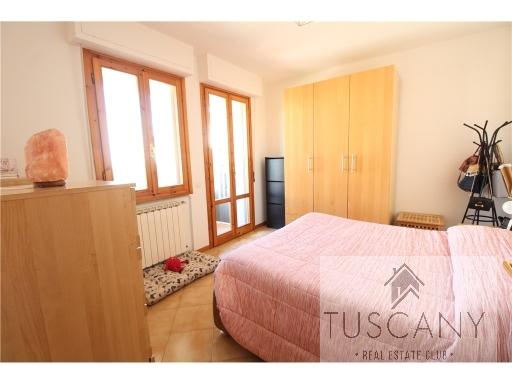 Appartamento in vendita a Tavarnelle Val di Pesa, 5 locali, zona Località: TAVARNELLE VAL DI PESA, prezzo € 210.000   Cambio Casa.it
