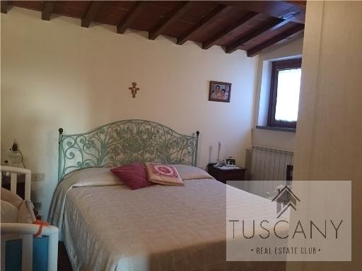 Appartamento in vendita a Barberino Val d'Elsa, 3 locali, zona Località: MARCIALLA, prezzo € 185.000   Cambio Casa.it