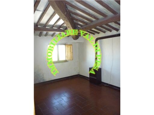 Appartamento in vendita a Tavarnelle Val di Pesa, 5 locali, zona Località: TAVARNELLE VAL DI PESA, prezzo € 120.000   Cambio Casa.it