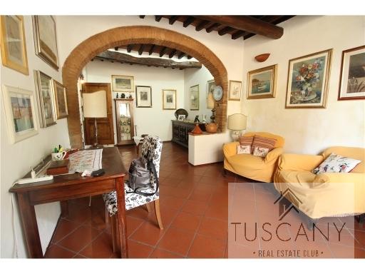 Appartamento in vendita a Calenzano, 1 locali, zona Località: CENTRO, prezzo € 160.000 | PortaleAgenzieImmobiliari.it