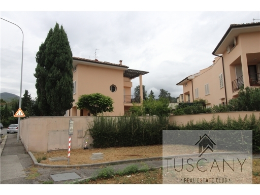 TUSCANY REAL ESTATE CLUB SAS - Rif. 2/0004
