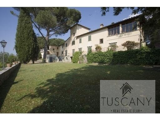 Villa in vendita a San Casciano in Val di Pesa, 10 locali, zona Località: MERCATALE VAL DI PESA, Trattative riservate | Cambio Casa.it