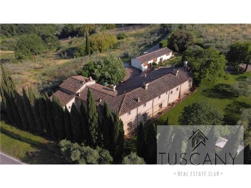Rustico / Casale in vendita a Barberino Val d'Elsa, 4 locali, zona Località: PASTINE, prezzo € 250.000 | Cambio Casa.it