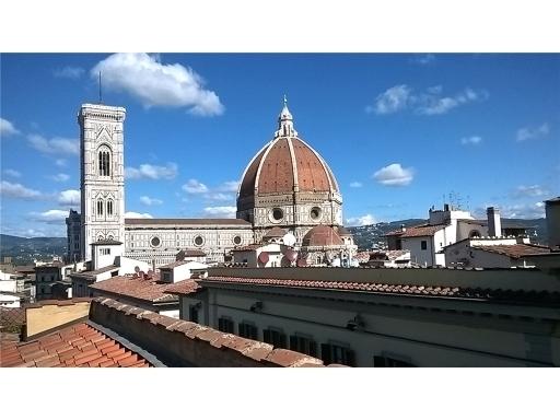 Villa / Villetta / Terratetto in vendita a Firenze zona Beccaria-d'azeglio - immagine 1