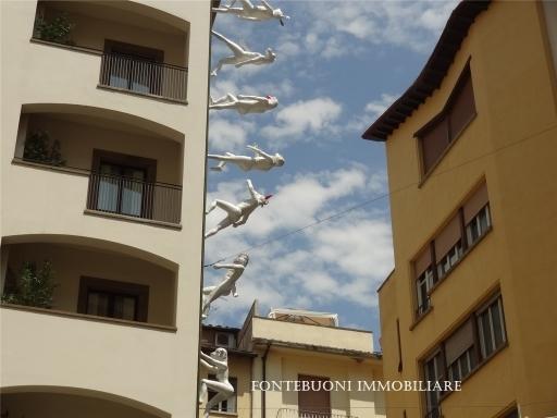 Fondo / Negozio / Ufficio in affitto a Arezzo zona Centro - immagine 3